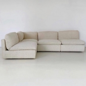 Lundi matin, inspiration deco 🤍 @pinterestfr   .  #inspiration #monday #homeinspiration #decorationinterieur #sofa #couch #beige #creme #blanc #white #aesthetic #aesthetic #interiordesign #interiors #soft #douceur